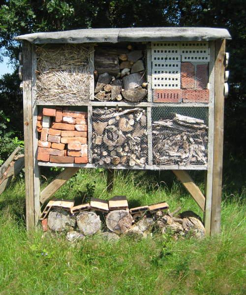 insektenhotel bauanleitung selbst das eigene insektenhotel bauen. Black Bedroom Furniture Sets. Home Design Ideas
